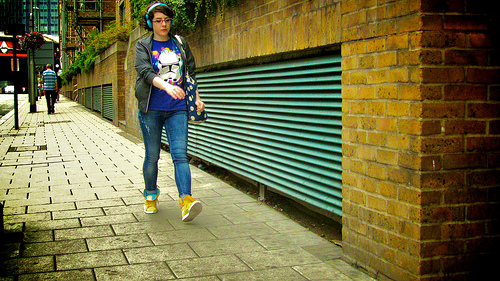 Walking with style (pedestrian wearing headphones)
