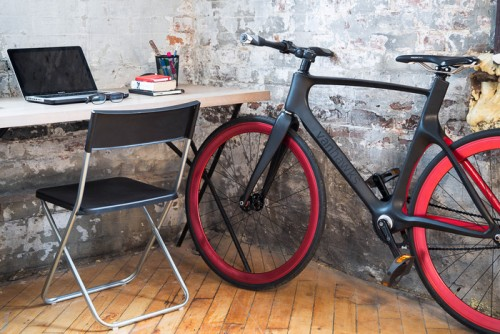 Vanhawks Valour connected bicycle