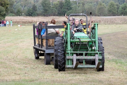 A hayride in Virginia, photo courtesy of Virginia State Park. (This location is not one that had an accident.)