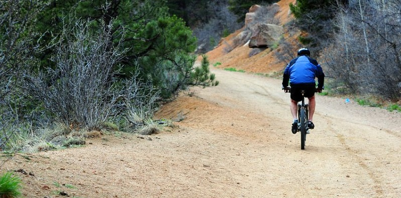 Bicyclist Enjoys Scenic Bike Trails in Beautiful Colorado