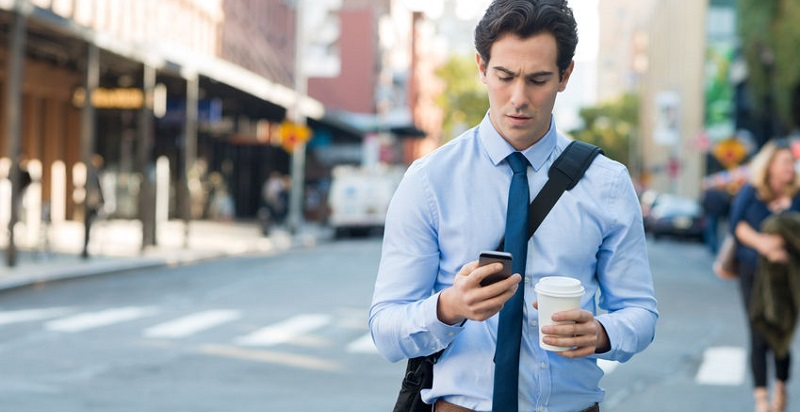 Distracted Pedestrians Involved in Accidents