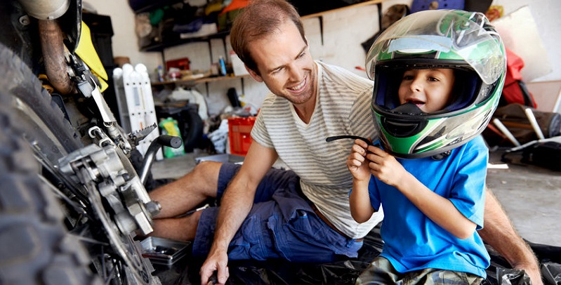 A Child Passenger Will Affect How a Motorcycle Handles
